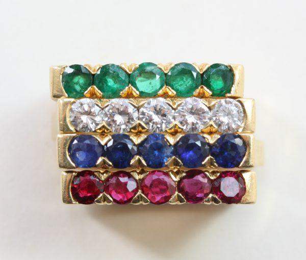 four stacking ring