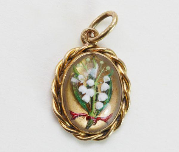 reverse crystal pendant