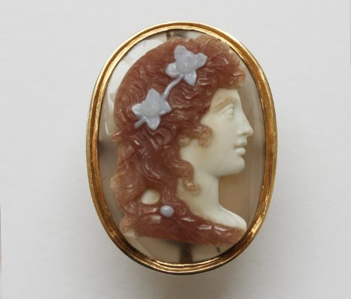 Flora cameo ring