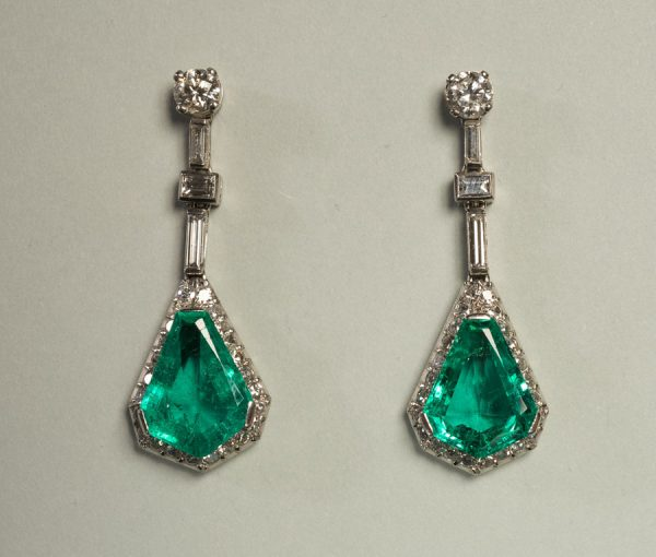 Art Déco diamond & emerald earrings