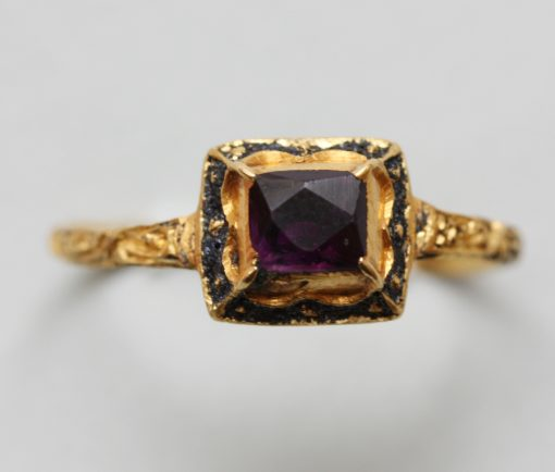 gold and amethyst ring