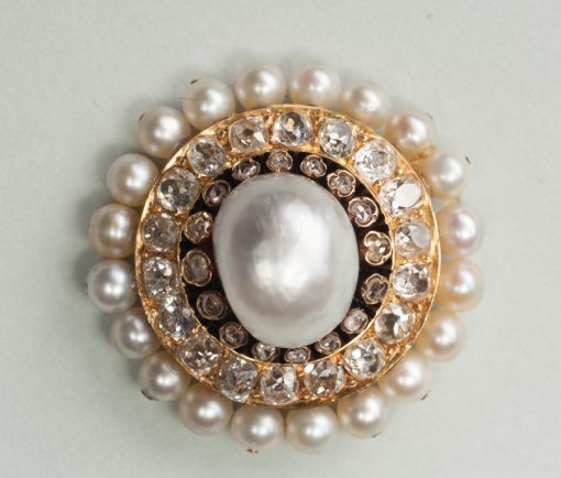 gold diamond and pearl brooch