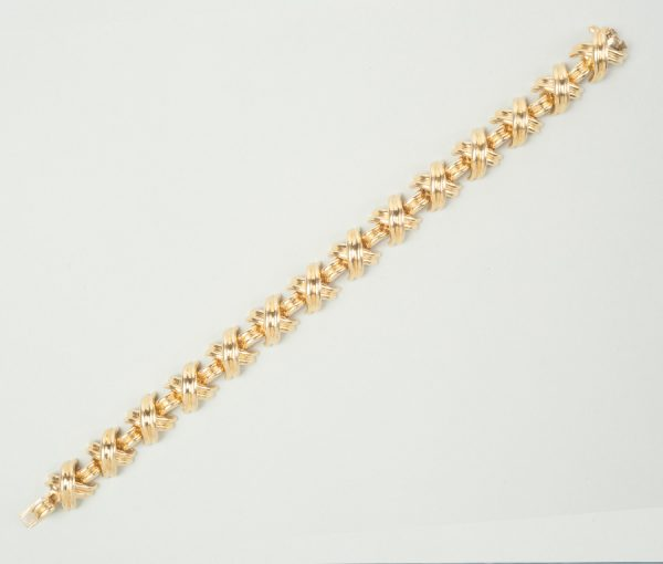 gold 'Kisses' bracelet