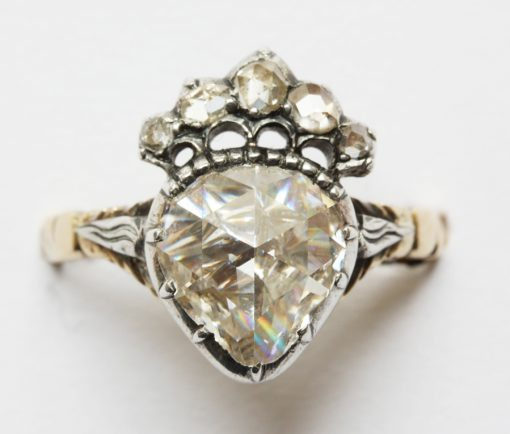 diamond crowned heart ring