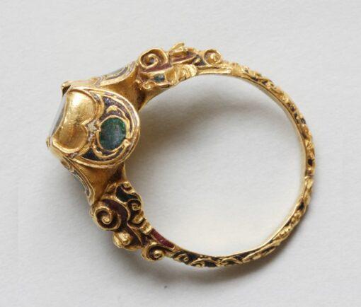 renaissance ring