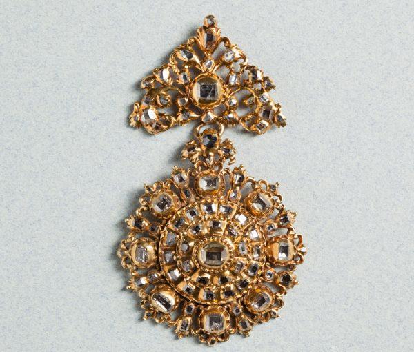Diamond and Gold 17th-Century Pendant