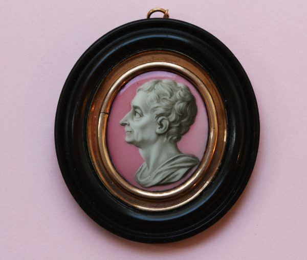 porcelain portrait of Montesquieu