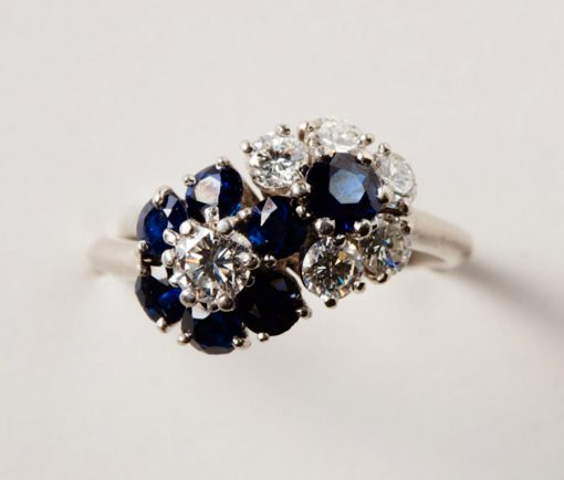 diamond and sapphire flower ring