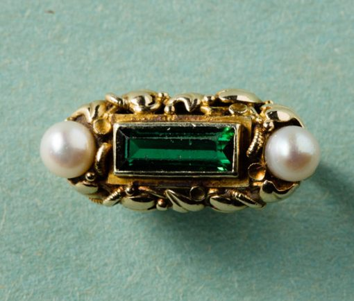 gold green tourmaline and natural pearls ring