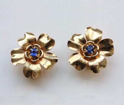 flower earclips