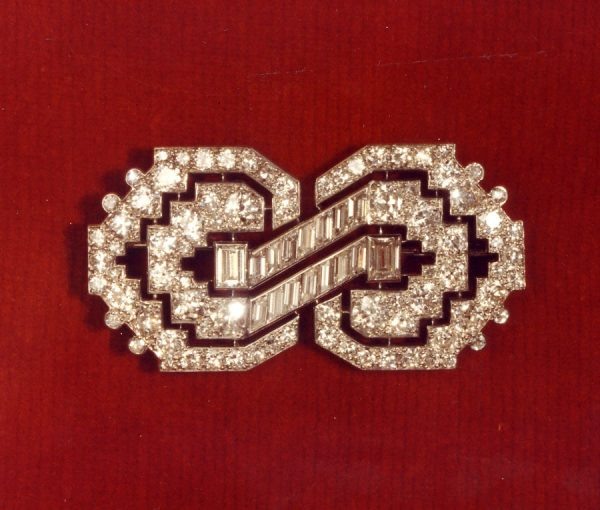 diamond Art Déco brooch