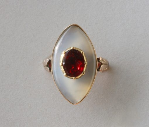 garnet and chalcedon ring