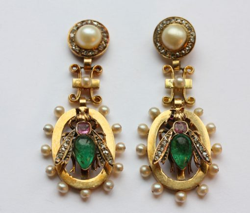 gems set fly earrings
