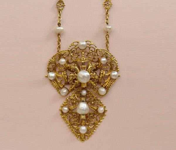 Iberian necklace