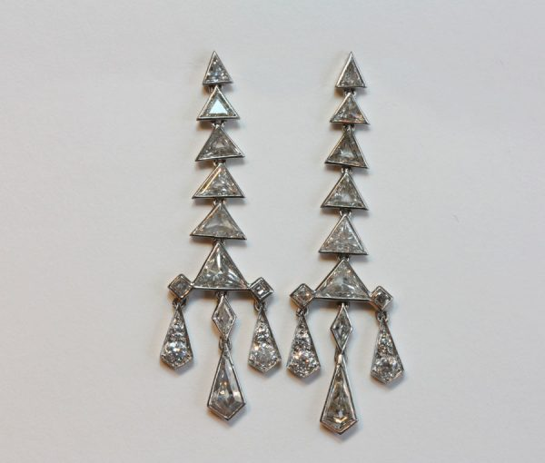 diamond pagode earrings