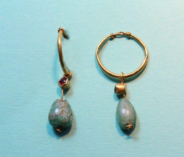 emerald and garnet earrings