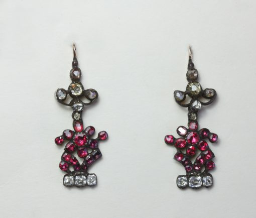 diamond and ruby giardinetto earrings