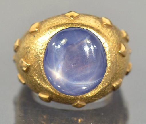 gold star sapphire ring