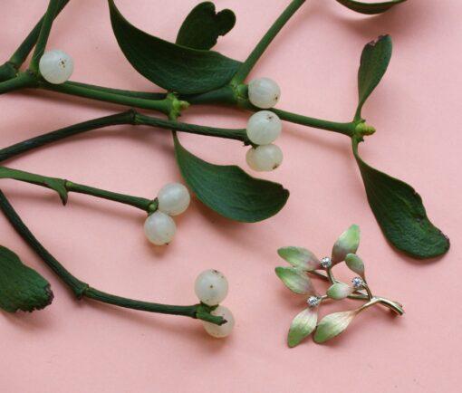 mistletoe brooch