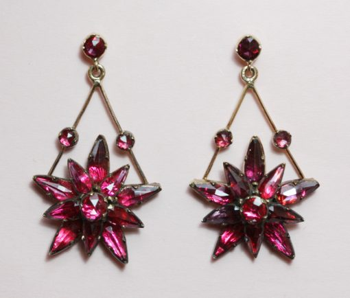 garnet star earrings