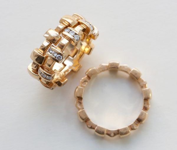 'Palissade' gold and diamond rings