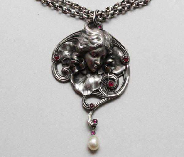 silver Art Nouveau pendant 'Modesty'