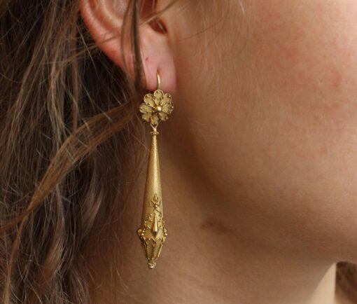 gold_torpedo-earrings