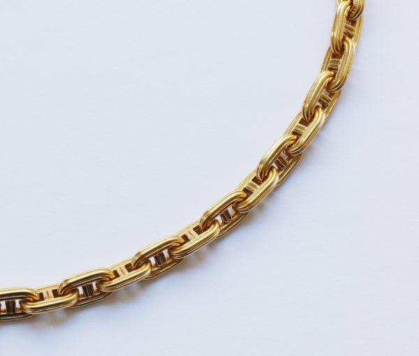 Gold Hermes chain
