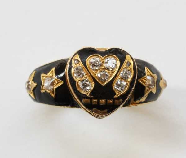 hart locket ring