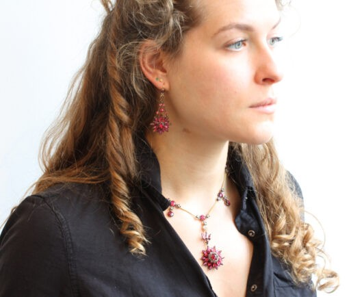 garnet_necklace_earrings