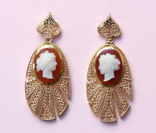 cameo_earrings
