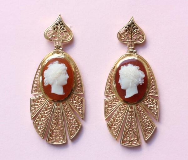 cameo_earrings