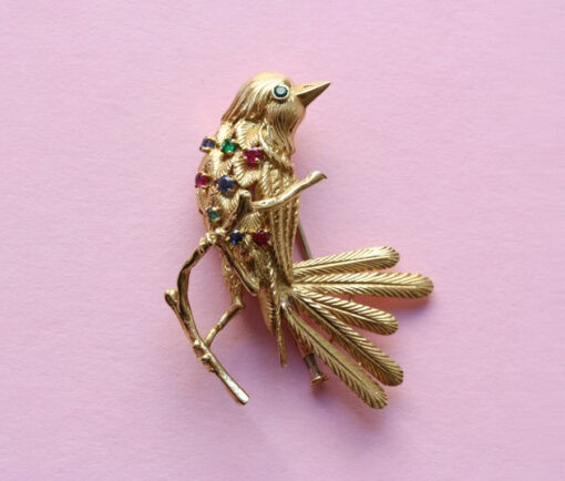 VCA bird brooch