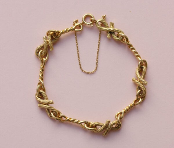 gold_rope_bracelet