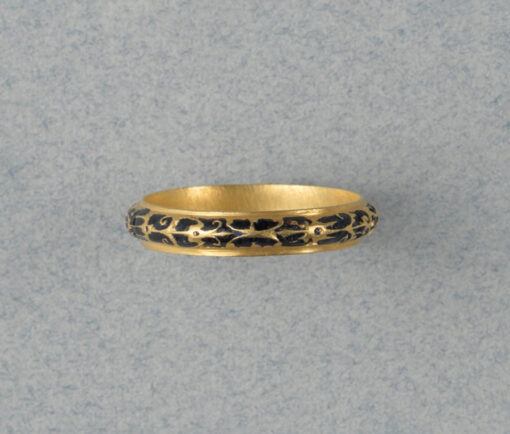 gold and enemal renaissance ring