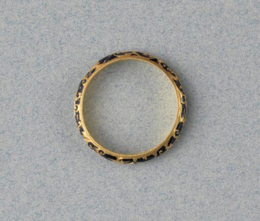 gold and enemal renaissance ring