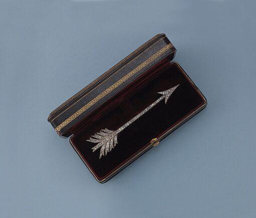 diamond arrow brooch