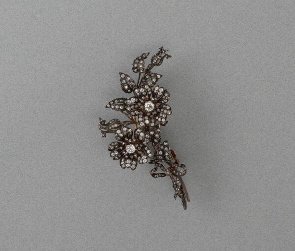 flower spray brooch