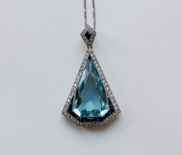 platinum and aquamarine pendant