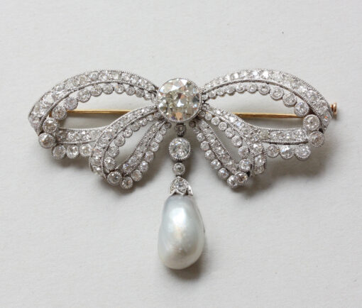sevigne_diamond_bow_brooch copy