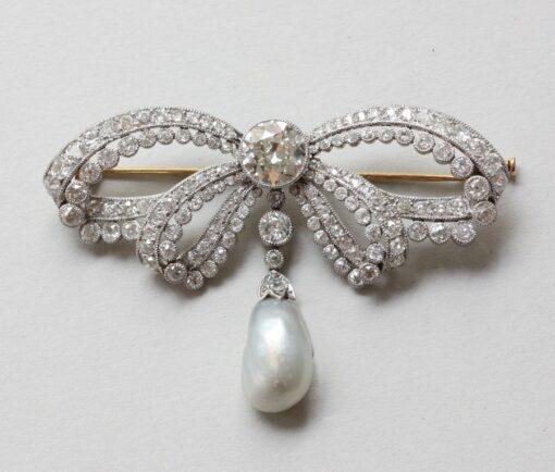 sevigne_diamond_bow_brooch copy