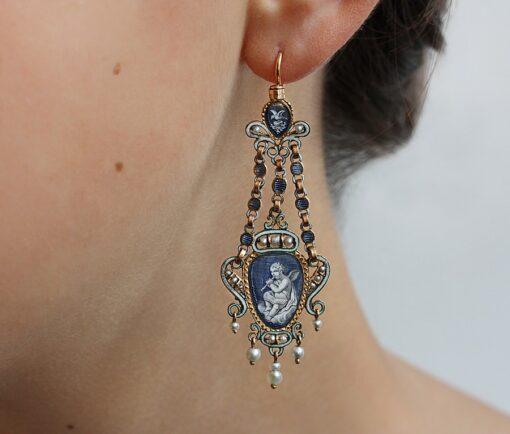 doublesided_amor_earrings