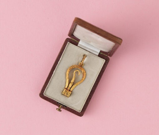 victorian gold button hook pendant