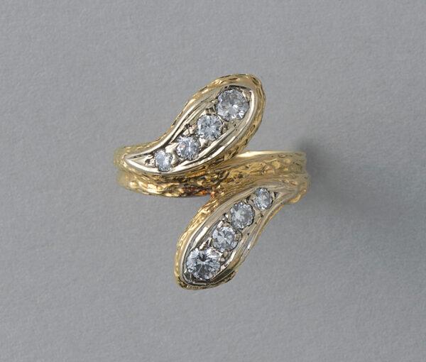VCA snake ring
