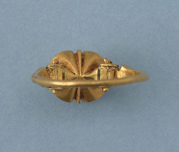 gold and turquoise ring